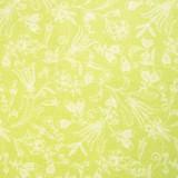 Tela patchwork entramado de flores blancas sobre verde lima 1