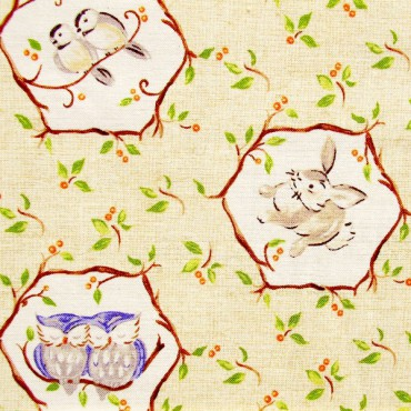 Tela patchwork Forest Frolics animales del bosque sobre beige